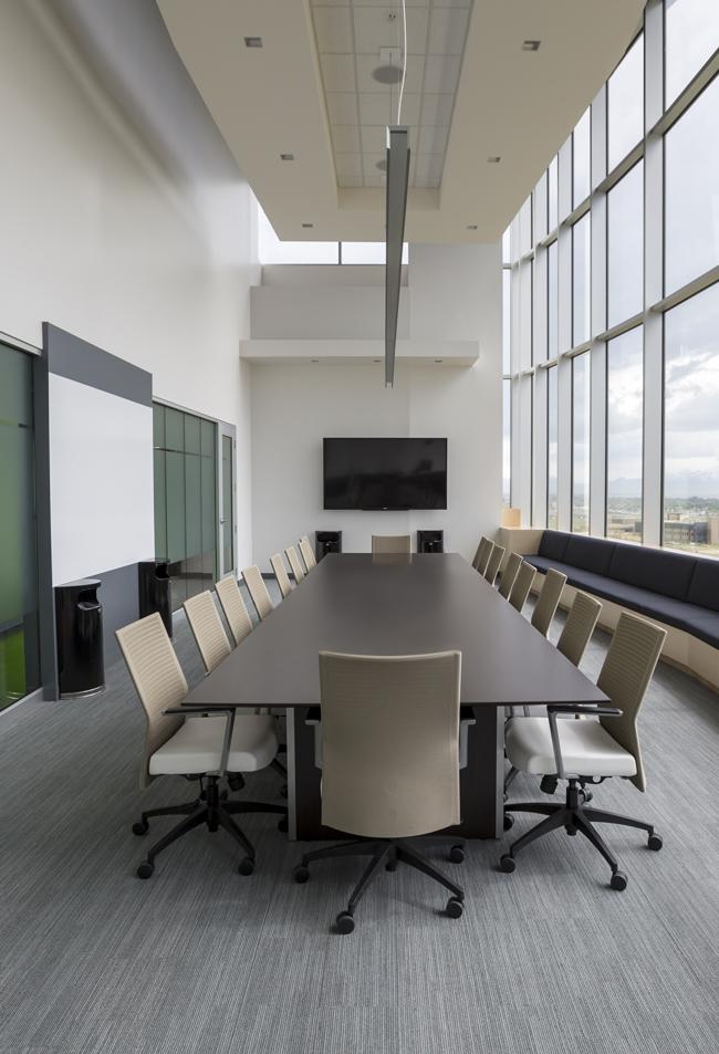 Sticla izolare fonica birouri